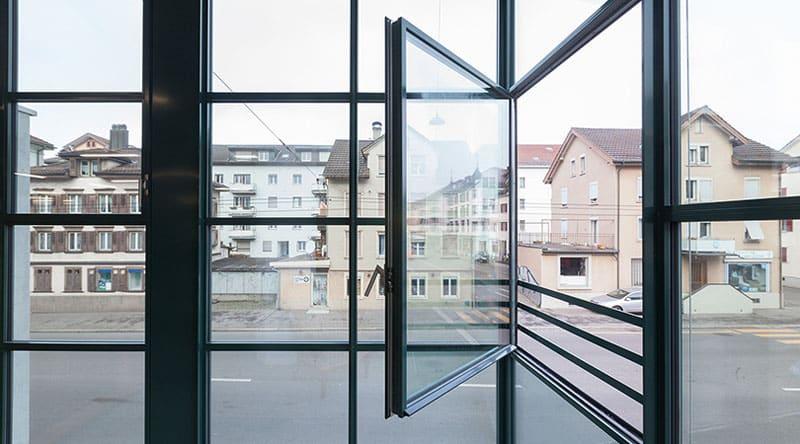 image fenêtre acier