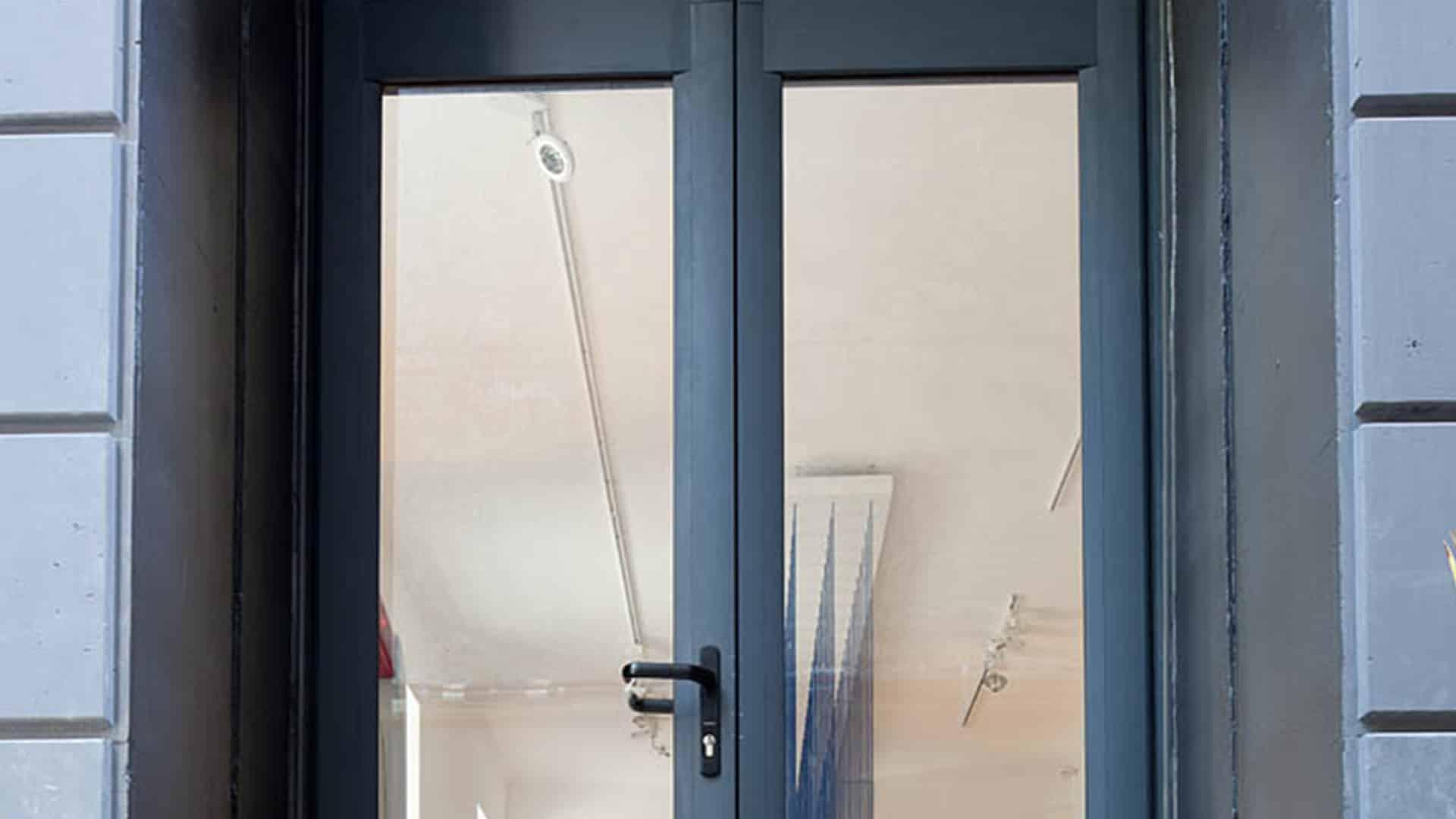 Porte vitrée à Toulouse MTM miroiterie sur-mesure menuiserie aluminium Toulouse